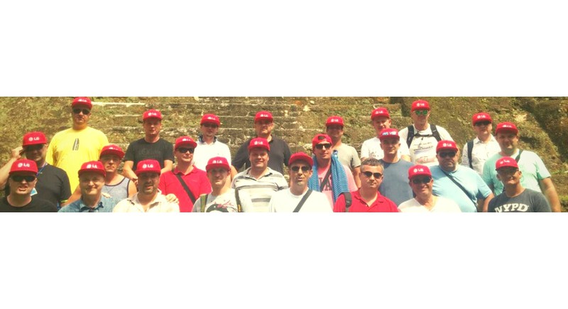 LG VIP Dealer csoportkép